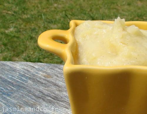 Compote maison pomme banane et vanille jasmine and co - Compote de poire maison ...