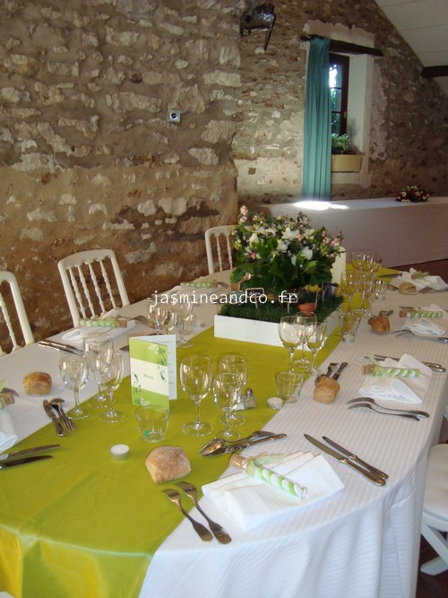 Mariage d coration de salle sur le th me campagne jasmine and co - Deco mariage campagne chic ...