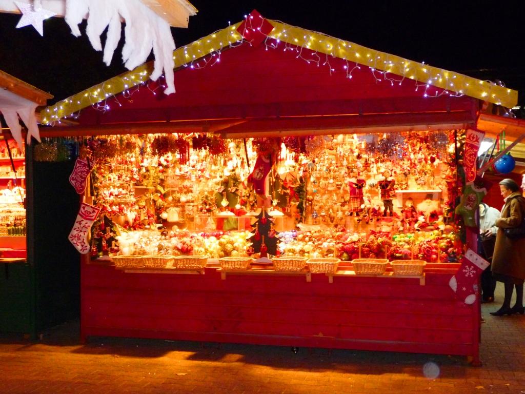 #C38108 Les Marchés De Noël Jasmine And Co 5353 decorations de noel bruxelles 1024x768 px @ aertt.com