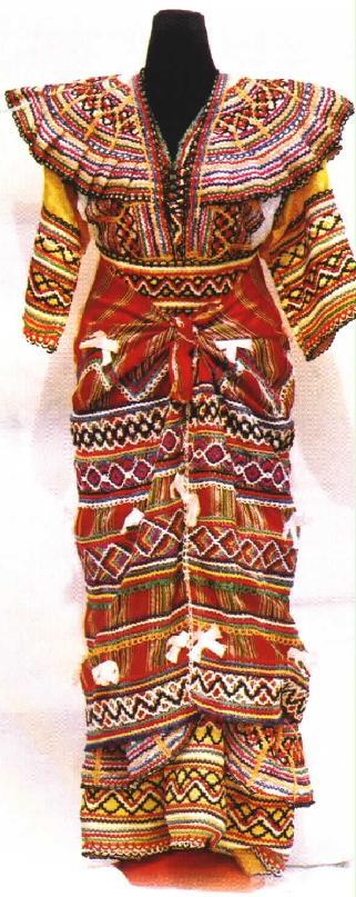 robe avec foudha